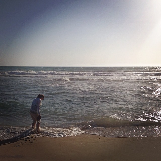 One of my loves: the ocean. Even though the water was a little bit chilly, I couldn't help strolling in the water.